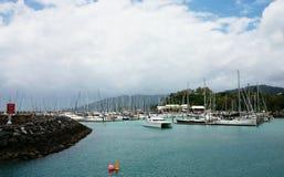 Piękna wyspa, jachty Obraz Stock