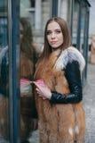 Piękne dziewczyny na ulicie Fotografia Stock