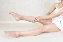 Piękne kobiety ` s nogi Obrazy Royalty Free