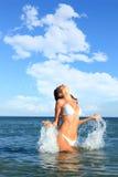 Pięknego bikini wzorcowy target215_0_ Zdjęcia Stock
