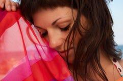 pięknego portreta pasiasta tkankowa kobieta Zdjęcie Royalty Free