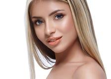 Pięknej kobiety portreta twarzy blond studio Zdjęcie Royalty Free