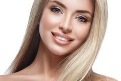 Pięknej kobiety portreta twarzy blond studio Fotografia Royalty Free