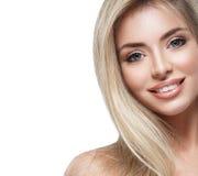 Pięknej kobiety portreta twarzy blond studio Zdjęcia Stock