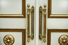 piękni biali drzwi zdjęcia stock