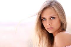 piękni blondynki kobiety potomstwa Zdjęcie Stock