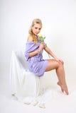 piękni blondynki kwiatu potomstwa Obrazy Royalty Free