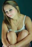 piękni dziewczyny tanktop biel potomstwa Zdjęcie Royalty Free