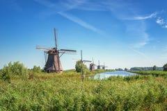 Piękni Holenderscy wiatraczki przy Kinderdijk Zdjęcie Stock