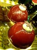 Piękni jaskrawi torty przy Eliseevskiy sklepem w St Petersburg obrazy royalty free