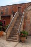 Piękni kamienni schodki - podwórze Agia Triada monaster Zdjęcie Royalty Free