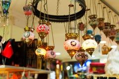 Piękni kolorowi lampiony na ulicie Zdjęcie Royalty Free