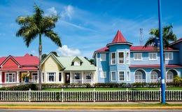 Piękni pasteli/lów domy w Samana Fotografia Royalty Free