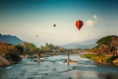 Piękni widoki góry i balonowa wycieczka turysyczna, punkty zwrotni Fotografia Stock