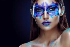 Piękno portret dziewczyna z Rorschach testem na jej twarzy Zdjęcia Stock