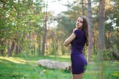 Piękno Romantyczna dziewczyna Outdoors obrazy royalty free