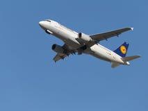 Piękny Aerobus A320-214 Obraz Royalty Free