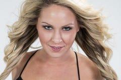 Piękny blondynek dziewczyn headshot Zdjęcia Royalty Free