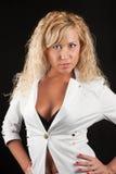piękny blondynki kurtki biel Zdjęcia Stock