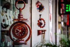 Piękny drewniany zegarek Zdjęcie Royalty Free