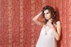 Piękny dziewczyny studia portret Zdjęcia Stock