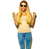 Piękny elegancki modnisia model w studiu Obrazy Royalty Free