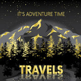 Piękny góra krajobraz z jeziorem i drzewami Noc góry Wektorowa ilustracja dla plakata lub karty Turystyka, Fotografia Royalty Free