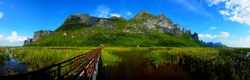 Piękny halny SamRoiYot park w naturze fotografia stock