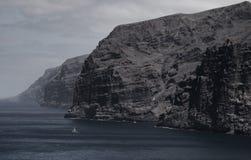 Piękny halny szczyt Los Gigantes w Tenerife krajobrazowy halny Tenerife Obrazy Royalty Free