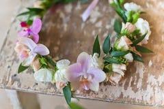 Piękny handmade kwiecisty wianek Zdjęcia Royalty Free