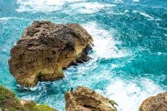 Pi?kny i dziki wybrze?e Nazare, Portugalia obrazy stock