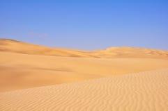 Piękny kontrast pustynia Zdjęcia Stock