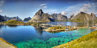 Piękny krajobraz, Reine, panorama, Lofoten Obrazy Royalty Free