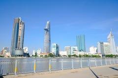 Piękny krajobraz w ranku saigon rzeka, centrum chi Minh miasto Ho Zdjęcie Royalty Free