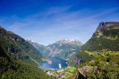 piękny krajobrazu po norwesku fjord geiranger Norway Zdjęcia Royalty Free
