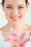 piękny kwiatu dziewczyny portret Obrazy Stock