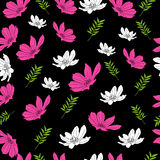 Piękny kwiatu wzór na czarnym tle Zdjęcia Royalty Free