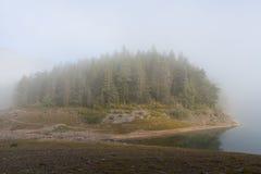 Piękny mistyczny Czarny jezioro, Durmitor obywatel Zdjęcie Royalty Free