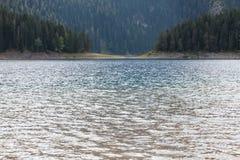 Piękny mistyczny Czarny jezioro, Durmitor obywatel Obraz Royalty Free