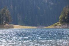 Piękny mistyczny Czarny jezioro, Durmitor obywatel Fotografia Stock