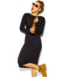 Piękny model w lecie eleganckim odziewa w studiu Obrazy Royalty Free