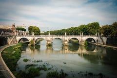 Piękny most nad rzecznym Tiber Zdjęcie Stock