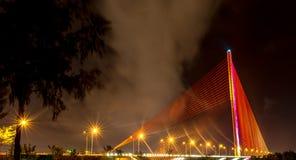 Piękny most podczas nighttime 2016 (Tranu Thi Ly most) Obraz Stock