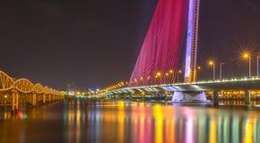Piękny most podczas nighttime 2016 (Tranu Thi Ly most) Zdjęcia Royalty Free