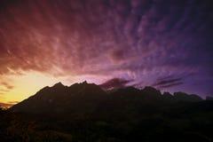Piękny niebo w naturze przy zmierzchu czasem obrazy royalty free