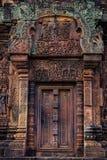 Piękny Niewidomy drzwi w Banteay Srei Obraz Royalty Free