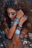 Piękny plemienny kobieta tancerza portret Fotografia Royalty Free
