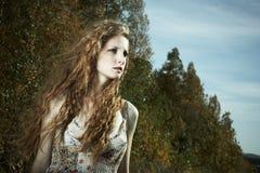 piękny portreta kobiety drewno Zdjęcie Stock