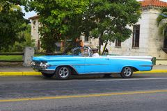 Piękny retro samochód w Kuba Zdjęcia Royalty Free