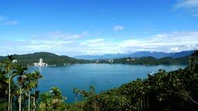 Piękny Round jezioro Obrazy Royalty Free